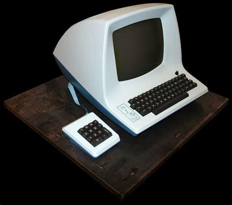 keyboard layout terminal history of emacs and vi keys