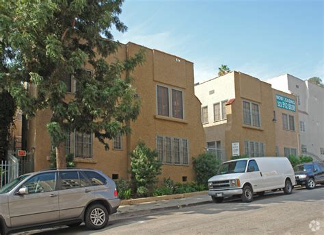 Courtyard Housing In Los Angeles Pdf Wilcox Courtyard Apartments Rentals Los Angeles Ca