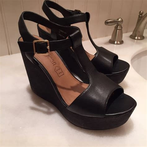 cathy jean cathy jean black wedges from s closet
