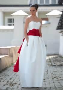 Jackie kennedy inspired wedding dresses onewed com