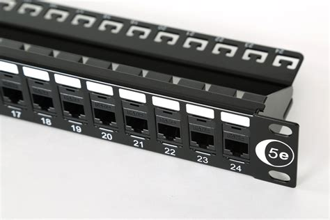 Patch Panel Category 5e System 24 Port 1u 19 quot 24 port patch panel cat5e combow c m s