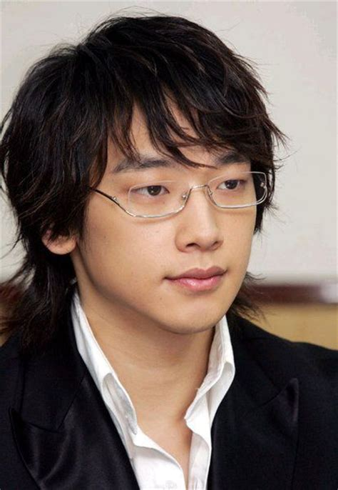 middle age asian men hairstyle crunchyroll forum do you think guys wearing glasses