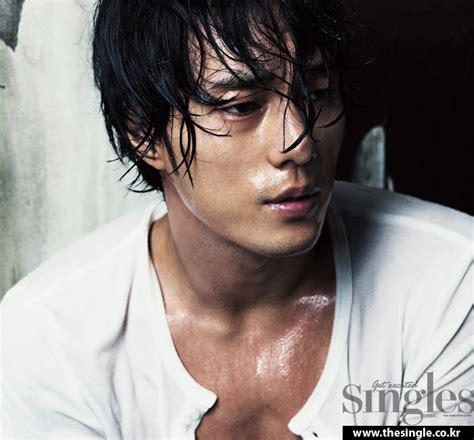 so ji sub long hair so ji sub looks tough and charismatic for star1
