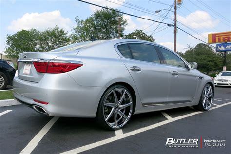 kia k900 with 22in lexani css7 wheels exclusively from
