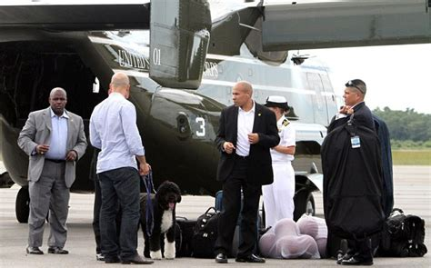 Obama Bringing Troops Home For The Holidays by Obama Uses Advanced Mv 22 Osprey Marine Tilt Rotor Vehicle