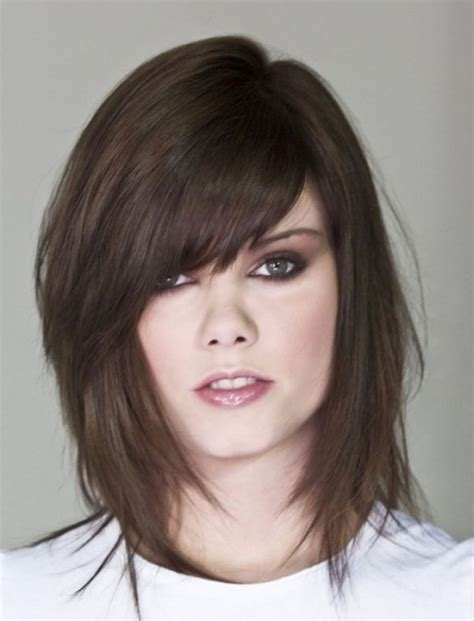 short and medium hair styles pictures short layered hairstyles without bangs hairstyles
