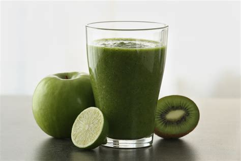 Lime And Kiwi Detox Drink by Kiwi Apple Banana And Lime Shake Nutribullet Recipes