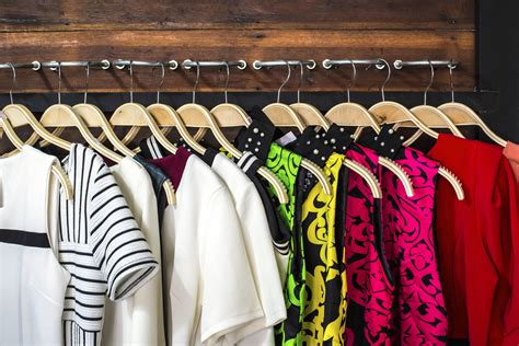 spring cleaning closet the 4 best ways to update your closet for the new year