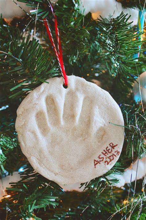 easy christmas ornaments  create   kids