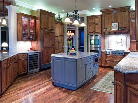 crown kitchen cabinet crown molding tops kitchen cabinet crown molding kitchen traditional with