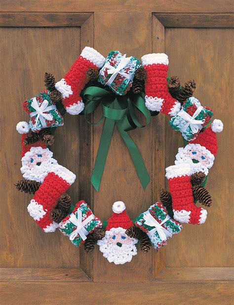 christmas patterns crafts merry christmas wreath with pattern crafts ideas free