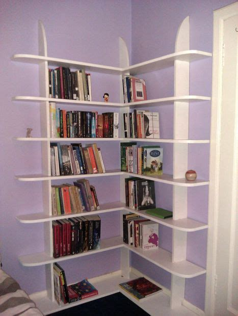 easy to build bookshelves 1000 images about corner shelf plans on
