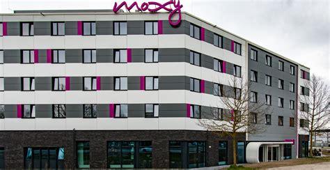 hotel mã nchen nord moxy hotel munich airport das erste moxy in deutschland