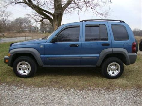 Jeep Liberty Trail Buy Used 2005 Jeep Liberty Trail 4x4 4wd V6 3 7