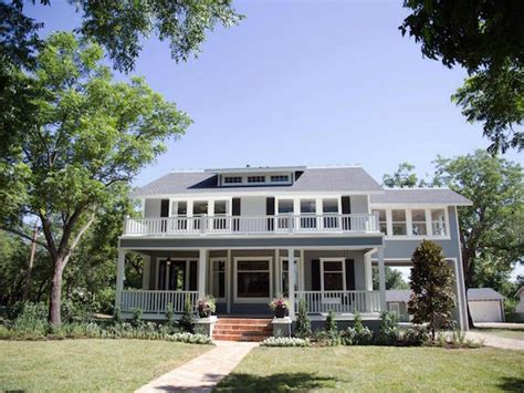 fixer upper house quot fixer upper quot 7 house flips that will make your jaw drop