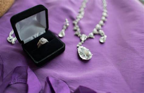 Shine Bright Kyla?s stepmom offered her diamond bracelet for ?something borrowed? and her mom