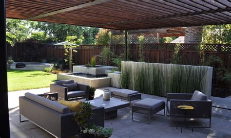 Patio Moderne by Modern Patio Design Back Yard Concrete Patio Ideas Modern