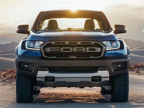 ford bronco raptor     day carbuzz