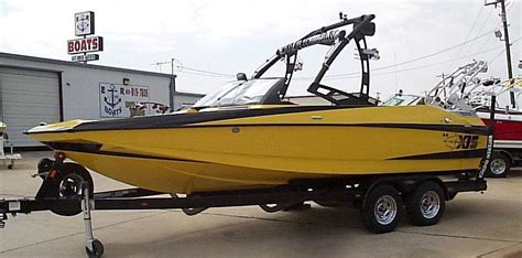malibu boats okc new and used boats for sale in oklahoma