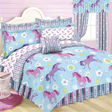 horse themed bedroom for the feminine 7 10 year old crowd 19 best kids bedroom ideas images on pinterest bedroom