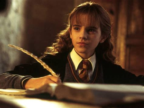 life with hermione hermione granger wallpaper hermione granger wallpaper