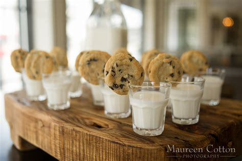 Wedding Food by 24 Unconventional Wedding Foods Your Guests Will Obsess