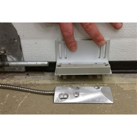 vip1000 98l flair overhead door contact with l bracket