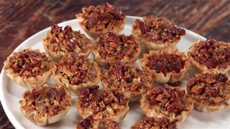 chocolate bourbon pecan pie recipe southern living