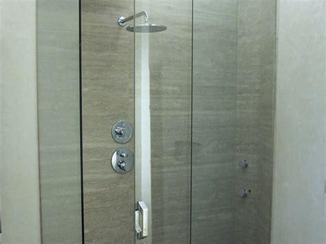 produzione cabine doccia vendita box doccia in vetro produzione box doccia in