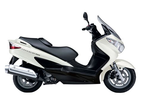 Scooter Suzuki auto trader suzuki burgman 125 2010 scooter wallpapers