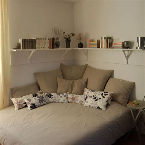 small bedroom arrangement ideas how to arrange a small bedroom
