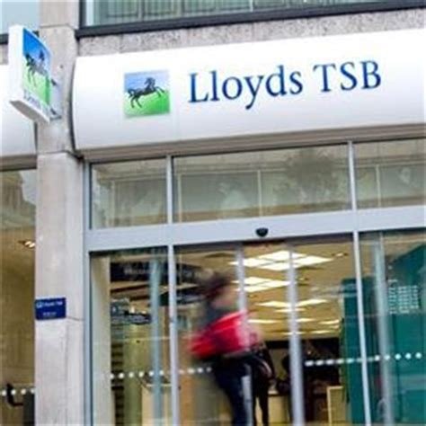 lloyds bank sort codes uk britain s bankers leave the uk in droves robinsons