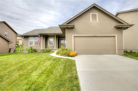 we buy houses omaha we buy houses omaha 28 images new listing omaha home for sale in falling waters
