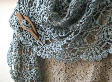 tutorial pashmina wool crochetingclub lion brand s elegant shawl beautiful
