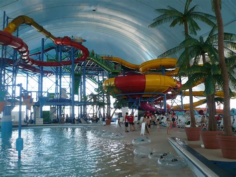 6 largest indoor water parks in the world with photos