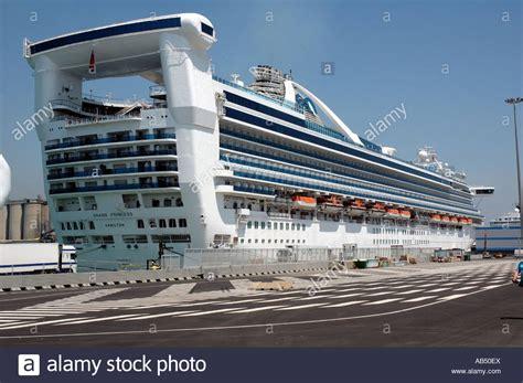 princess cruises barcelona stern princess stock photos stern princess stock images