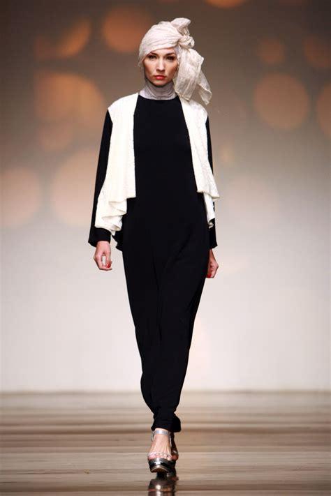 Baju Muslim Pesta Warna Hitam 15 Model Baju Muslim Pesta Terbaru Dengan Desain Modern