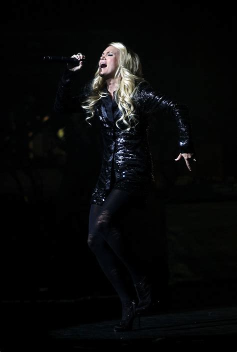 carrie underwood live carrie underwood photos photos carrie underwood live in