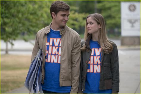 The Miracle Season Wiki Helen Hunt The Miracle Season Trailer Debuts See Exclusive Stills Photo 4001316 Danika Yarosh Erin