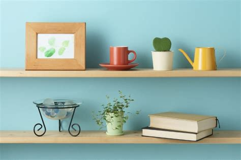 small housewarming gift 10 inexpensive housewarming gifts for a small apartment