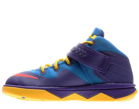 boy basketball shoes nike soldier 8 ps boys basketball shoes 653646 400