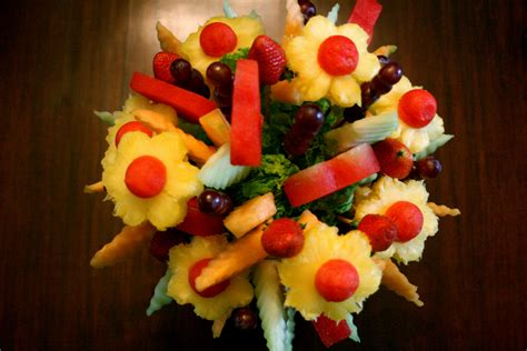 edible creations how to fruit bouquets and edible a fruitful weekend making an edible fruit bouquet