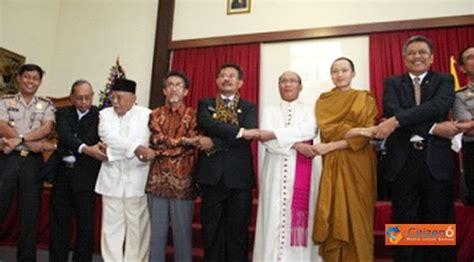 Pluralitas Dan Pluralisme Agama i s b d pluralisme agama di indonesia