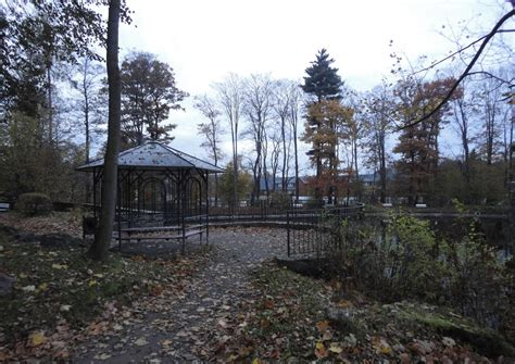 pavillon teich schloss schlettau der teich mit pavillion