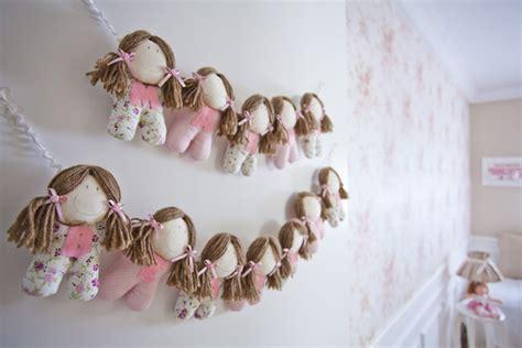 decoração de quarto infantil boneca de pano quarto de beb 234 rosa o tema bonecas de pano constance
