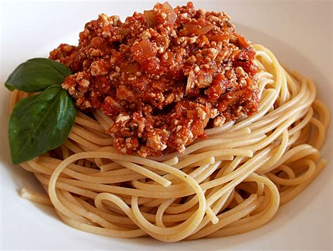 Spghetti Bolognese vegane spaghetti bolognese by veganolo veganes food magazin
