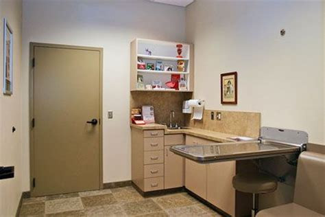 renfro veterinary services richmond mo small animal 34 best exam rooms veterinary hospital design images on