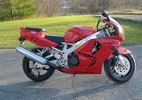 index of images thumb f fb 1997 honda cbr900rr 4539 3 jpg