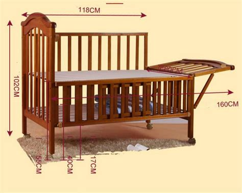 Multifunctional European Style Baby Bed Solid Wood Baby Baby Rolling In Crib