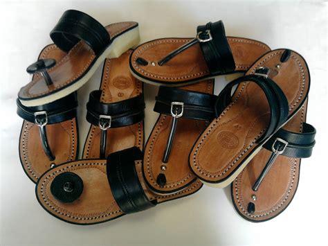 Sandal Kulit Asli Tasik Malaya tarumpah pengrajin sandal kulit di tasikmalaya produk kerajinan tangan